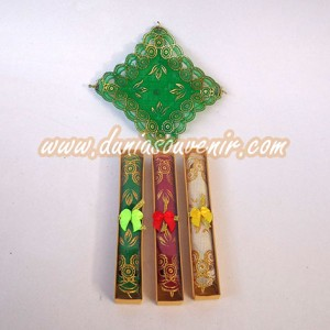 Taplak Gelas Warna (Box)